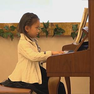 【视频拍摄】 小小钢琴家 小朋友钢琴表演 《致爱丽丝》《清晨前奏曲》视频