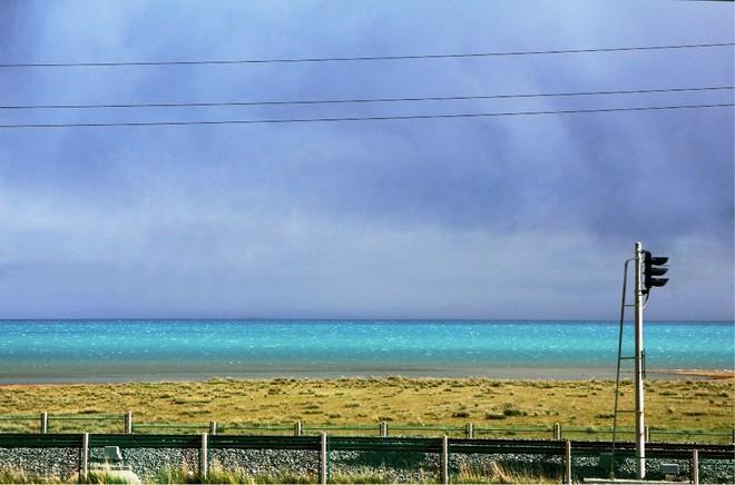 从315国道看青海湖.jpeg