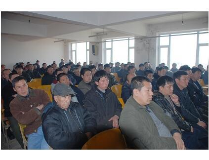 内蒙古扎赉特旗巴彦扎拉嘎乡春季农业科技培训班开班